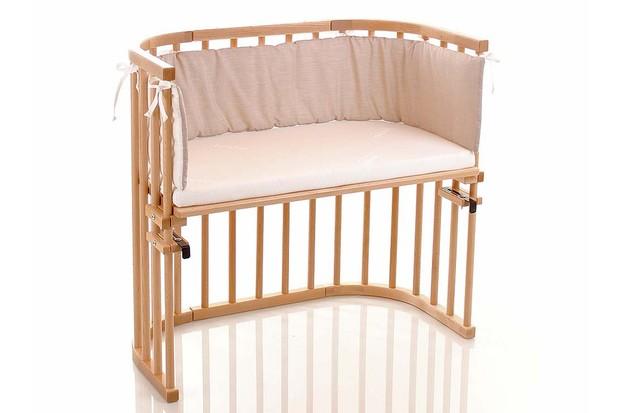 تخت نوزاد کنار تختی