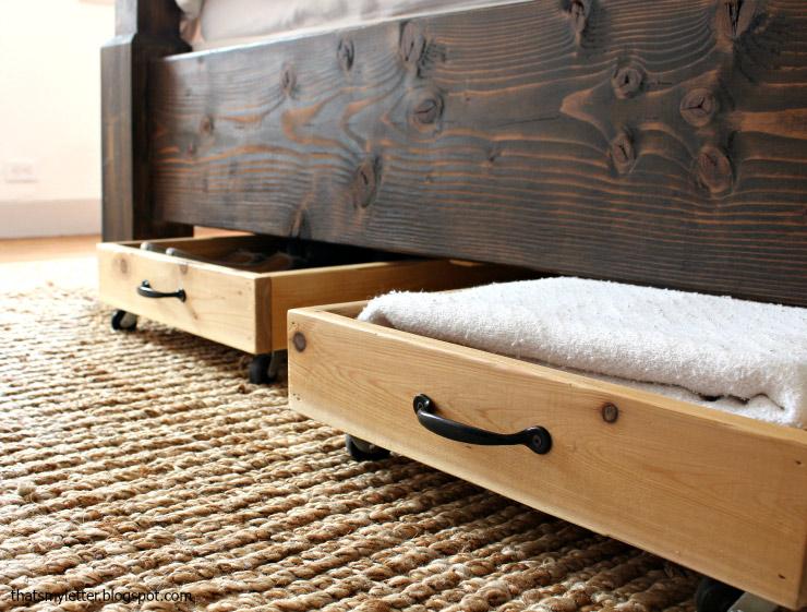زیر تخت تمیز